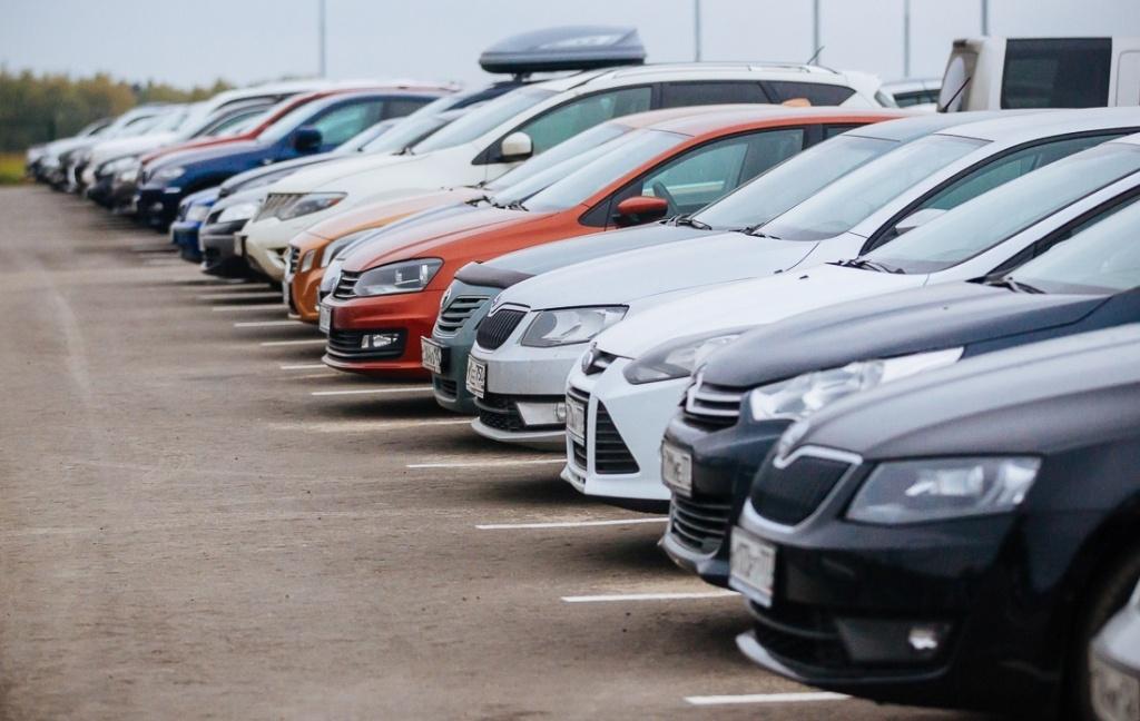 Рынок импортных, подержанных авто продолжил рост в 2021 году.